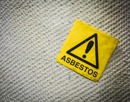 Welsh Campaigners Fighting Against Asbestos Found on Beach